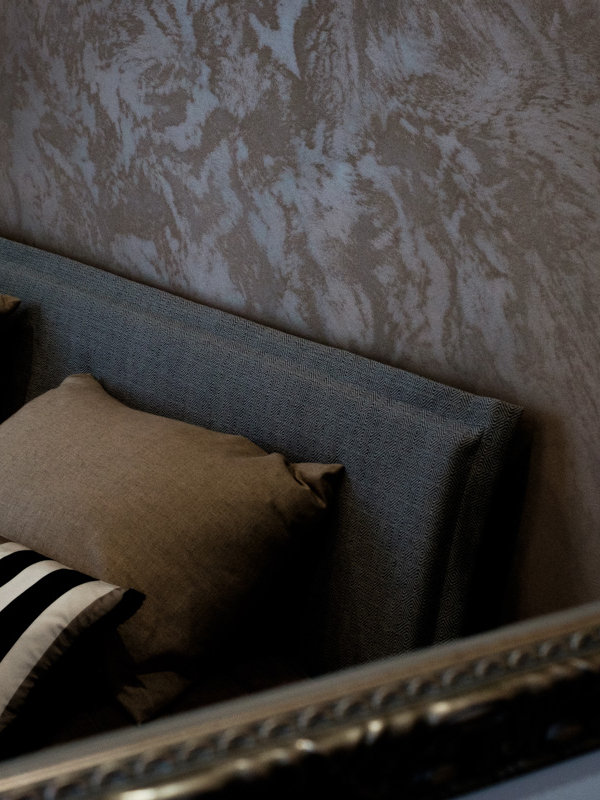 Kuvassa Mairelin mittojen mukaan ompelemia tyynyliinoja.