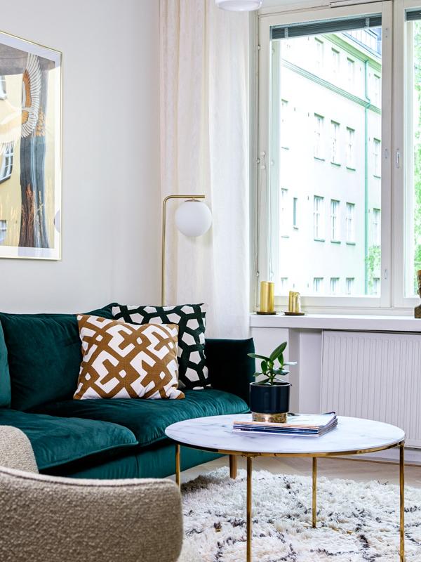 """Leveät ikkunalaudat ja """"patteripoterot"""" ovat olennainen osa vanhan talo charmia."""